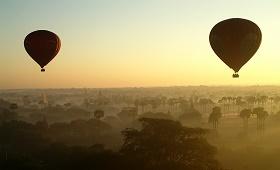 Survol en montgolfière - voyage Asie