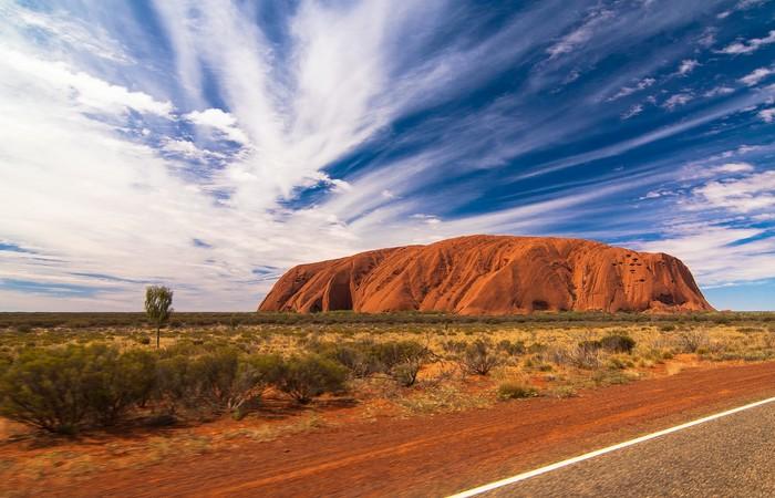Ayers Rock Uluru centre rouge