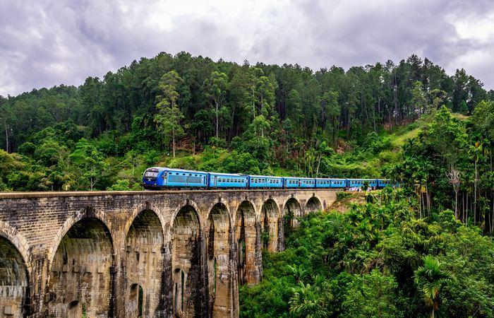 Train Sri Lanka Ella Nuwara Eliya Ohiya