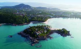 Koh Samui ile tourisme balneo eau turquoise plage bateau