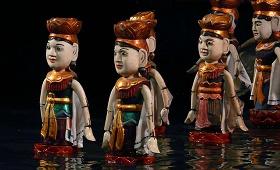 Marionnettes hanoi eau spectacle costumes