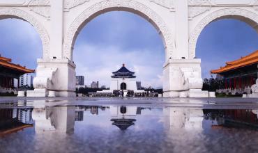 arche blanc eau reflet temples novembre