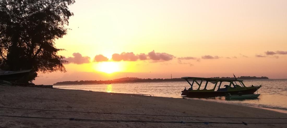 Plage Gili Air coucher soleil