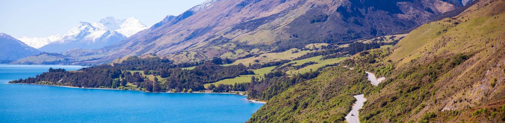 Nouvelle-Zélande camping-car montagnes lac