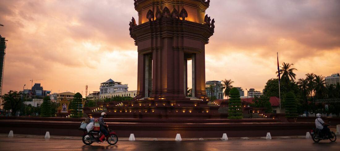 Monument de l'Indépendance à Phnom Penh - voyage Cambodge