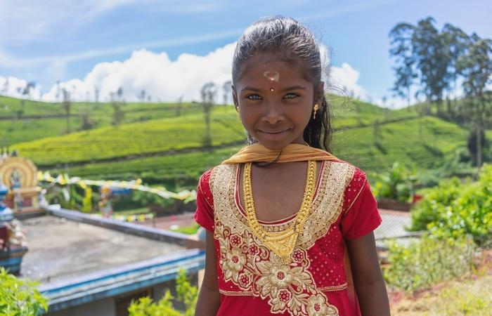 Jeune fille - Ceylan - Perle de l'océan indien - Asie Online