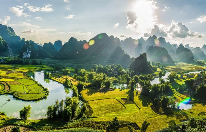 Cao Bang Vietnam montagnes cascade verdure nature
