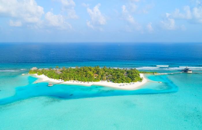 Embudu Maldives atoll eau paradisiaque sable fin plage