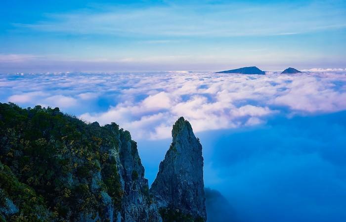 Maido Mafate vue nuages